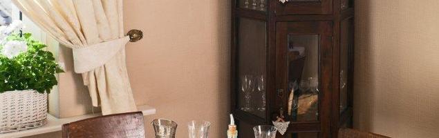Meble stylowe – antyki i meble tapicerowane à la dworek