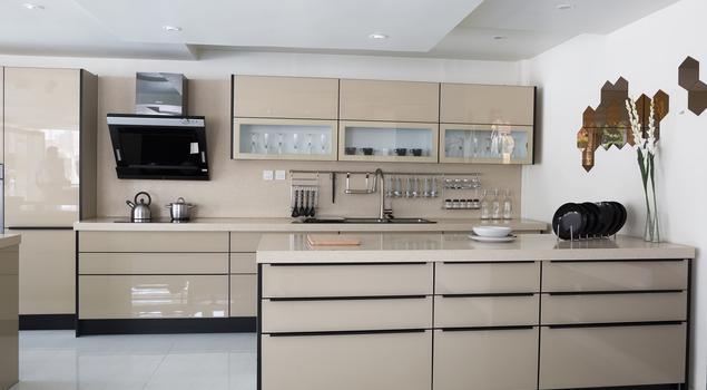 nowoczesne wnętrza beżowa kuchnia