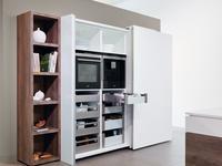 Pomysł na przechowywanie – funkcjonalne szuflady w szafach z drzwiami przesuwanymi