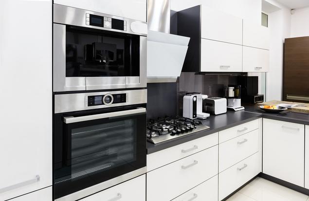 Zobacz galerię zdjęć Biało czarna kuchnia Nowoczesne   -> Kuchnia Bialo Czarna Galeria